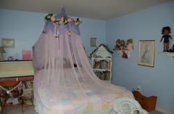 Marybeths_room_001