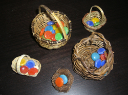 Baskets_and_gemstones